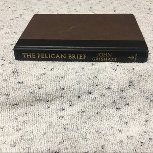 "📖 ""The Pelican Brief"" by John Grisham - hardcover"